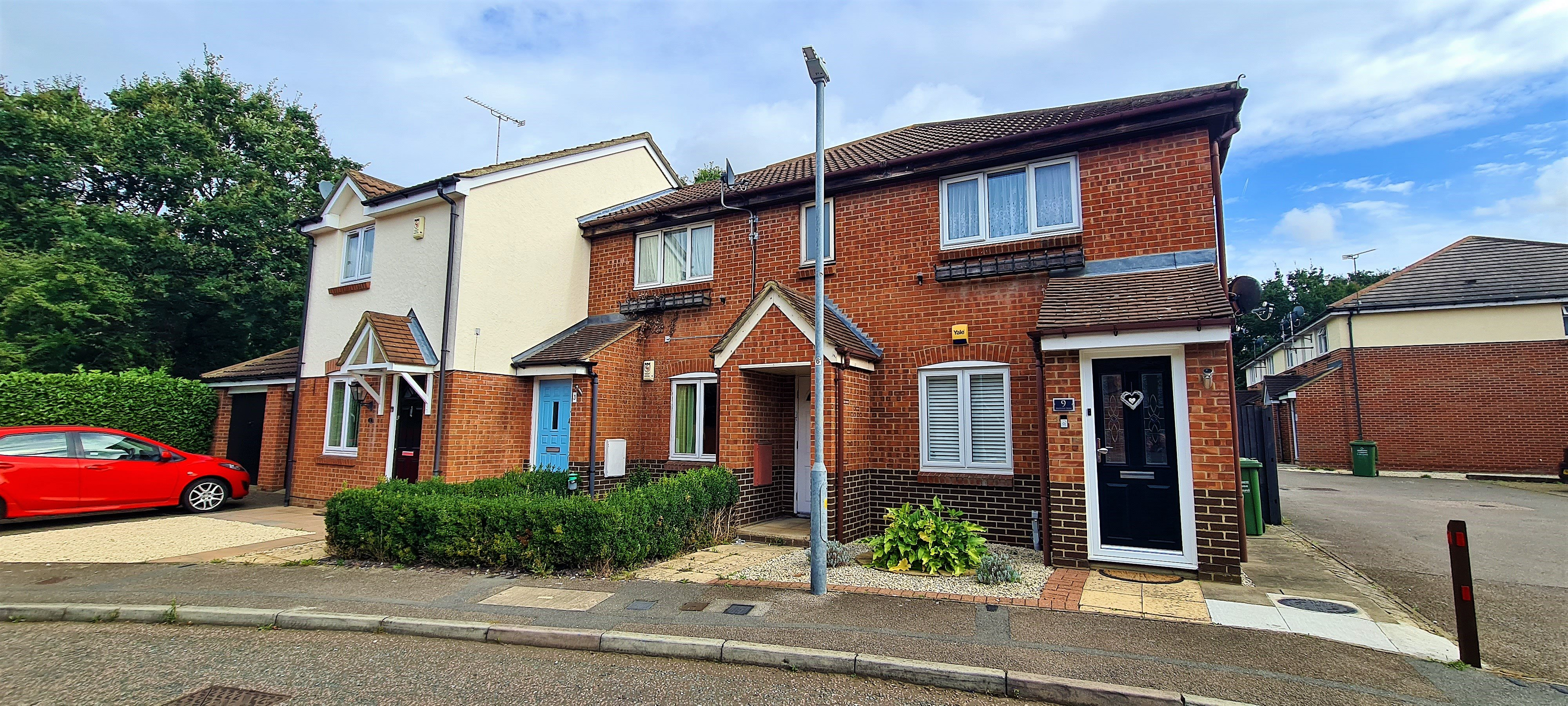 1 bed flat for sale in Maitland Road, Wickford, SS12