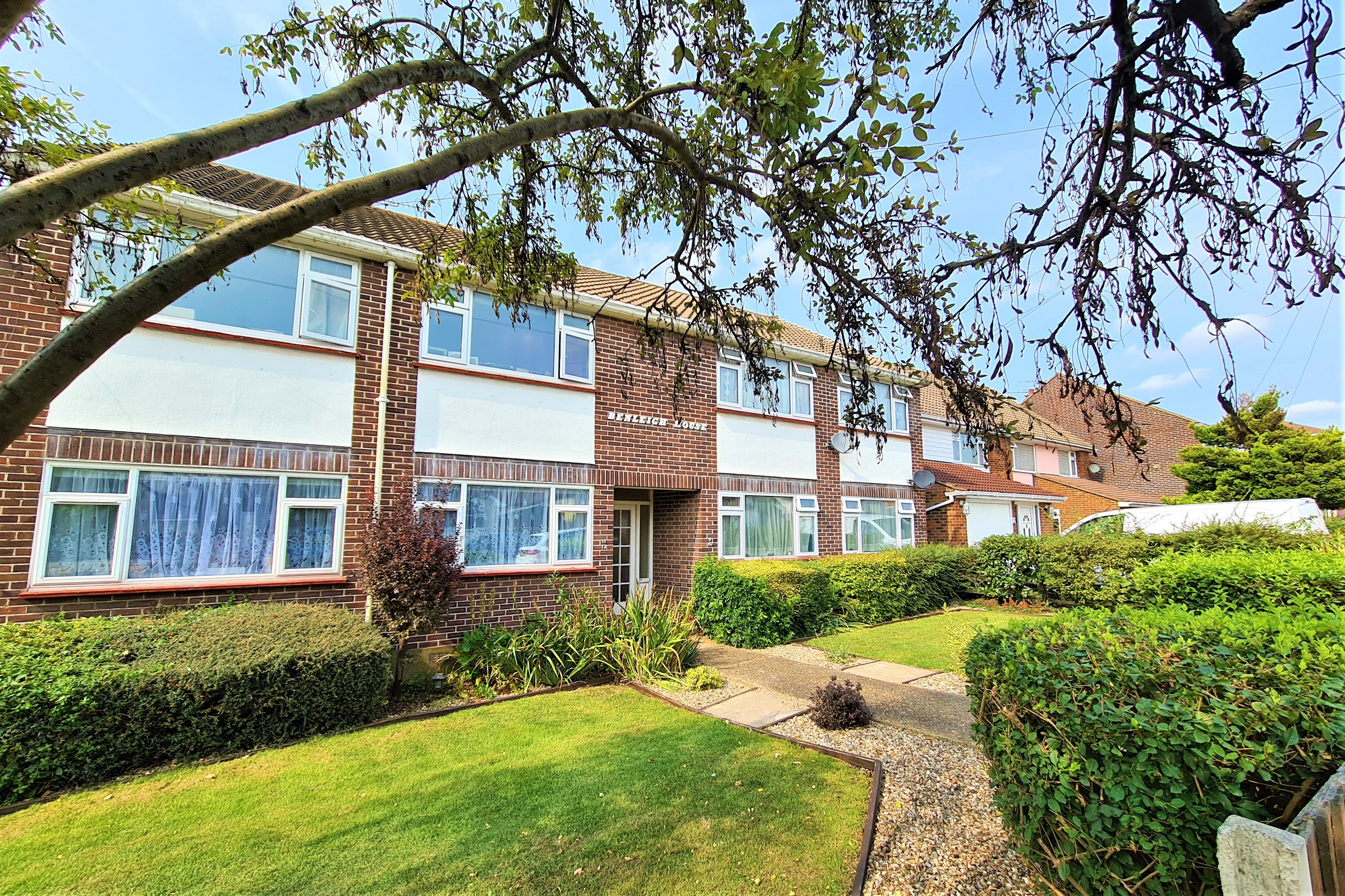 2 bed flat for sale in Benleigh House, Down Hall Road - Property Image 1