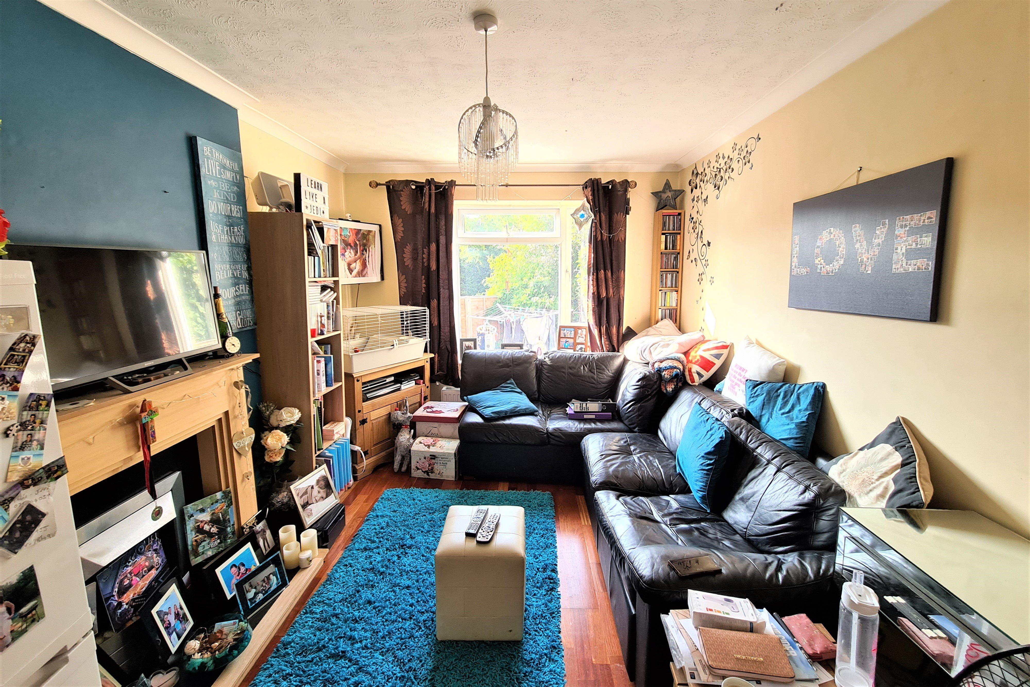 2 bed flat for sale in Benleigh House, Down Hall Road 3