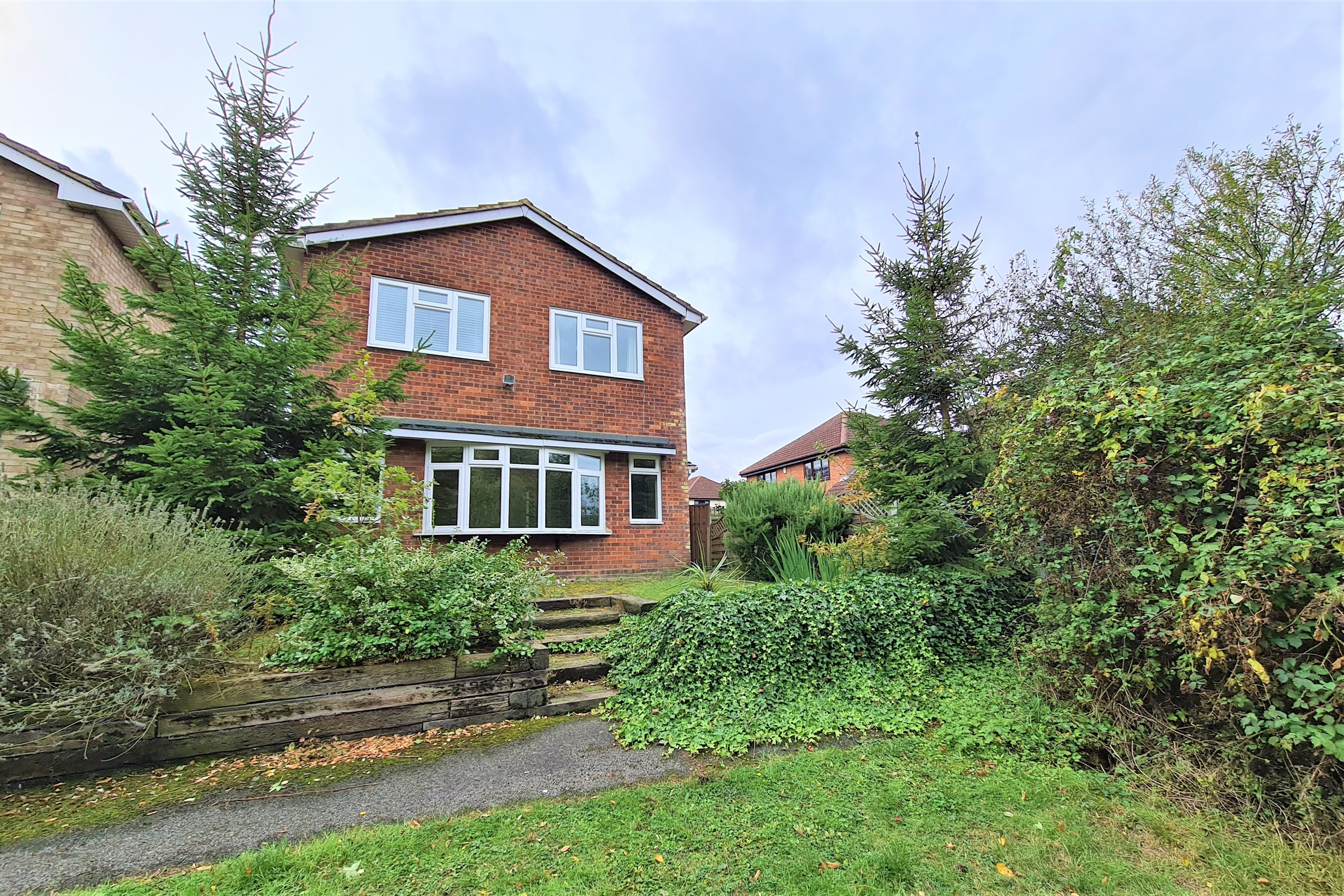 4 bed house for sale in Lilyville Walk, Rayleigh  - Property Image 1