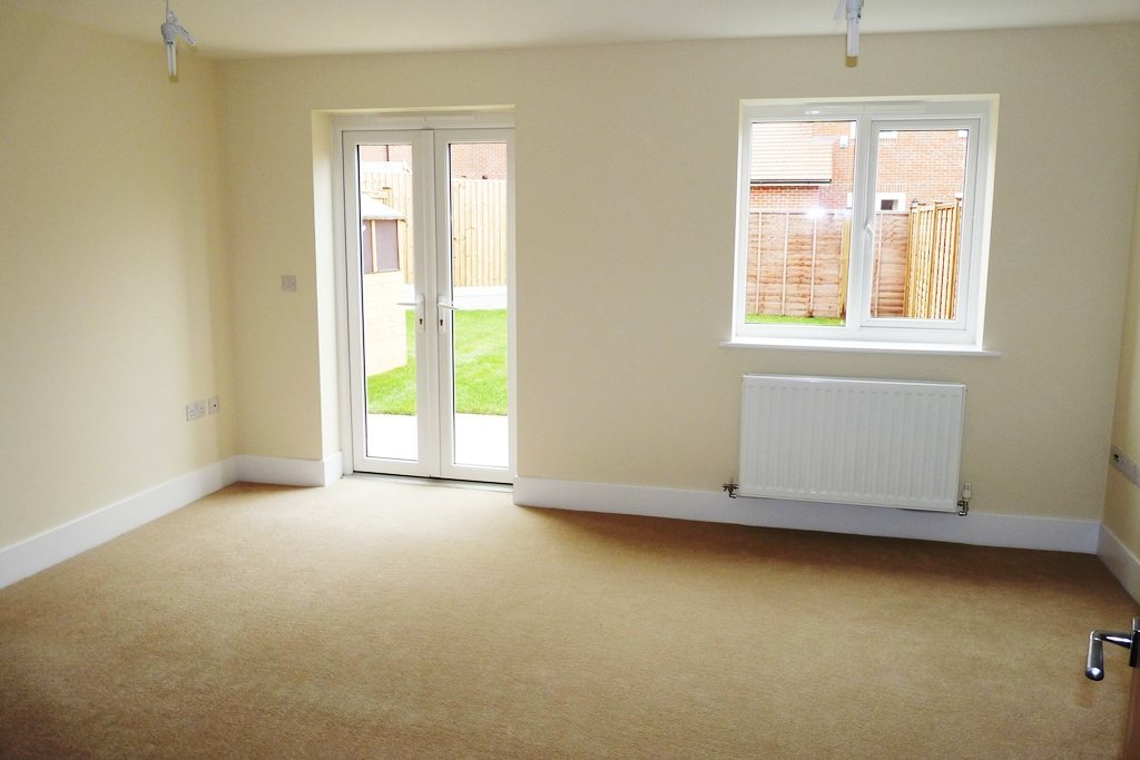 4 bed semi-detached house for sale in Penrith Crescent, Station Avenue 2