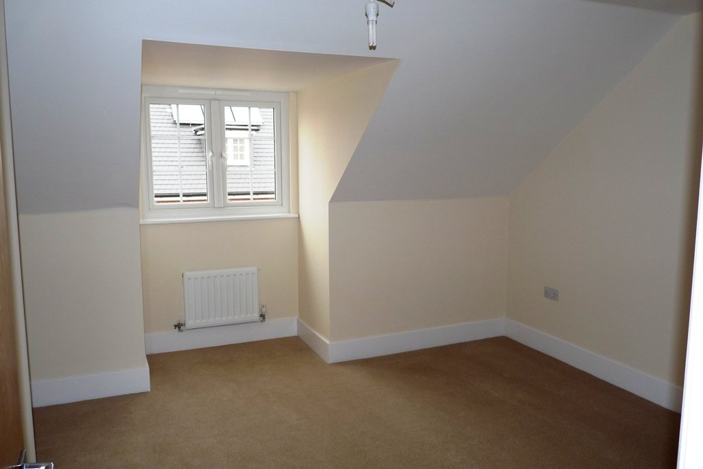 4 bed semi-detached house for sale in Penrith Crescent, Station Avenue  - Property Image 7