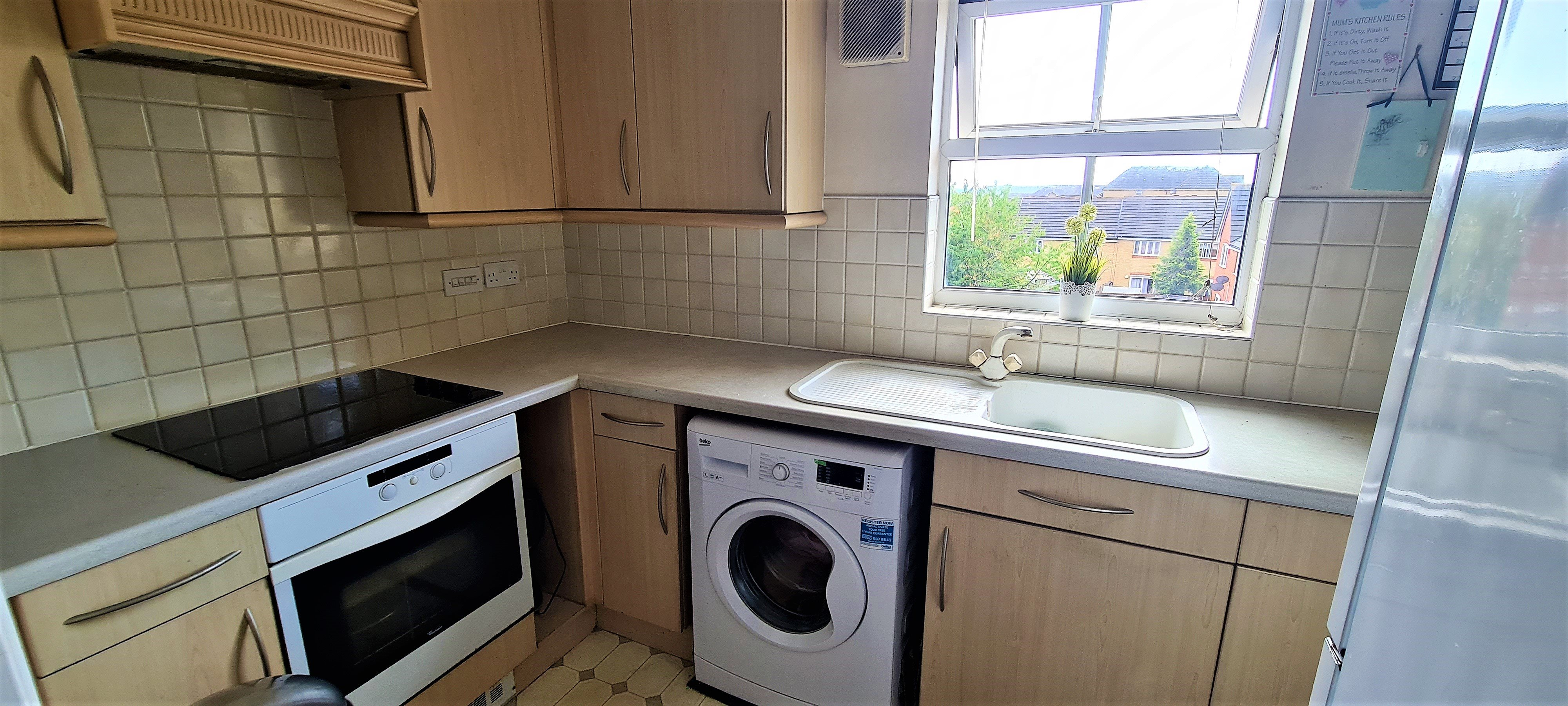 2 bed flat for sale in Rawlyn Close, Chafford Hundred 2