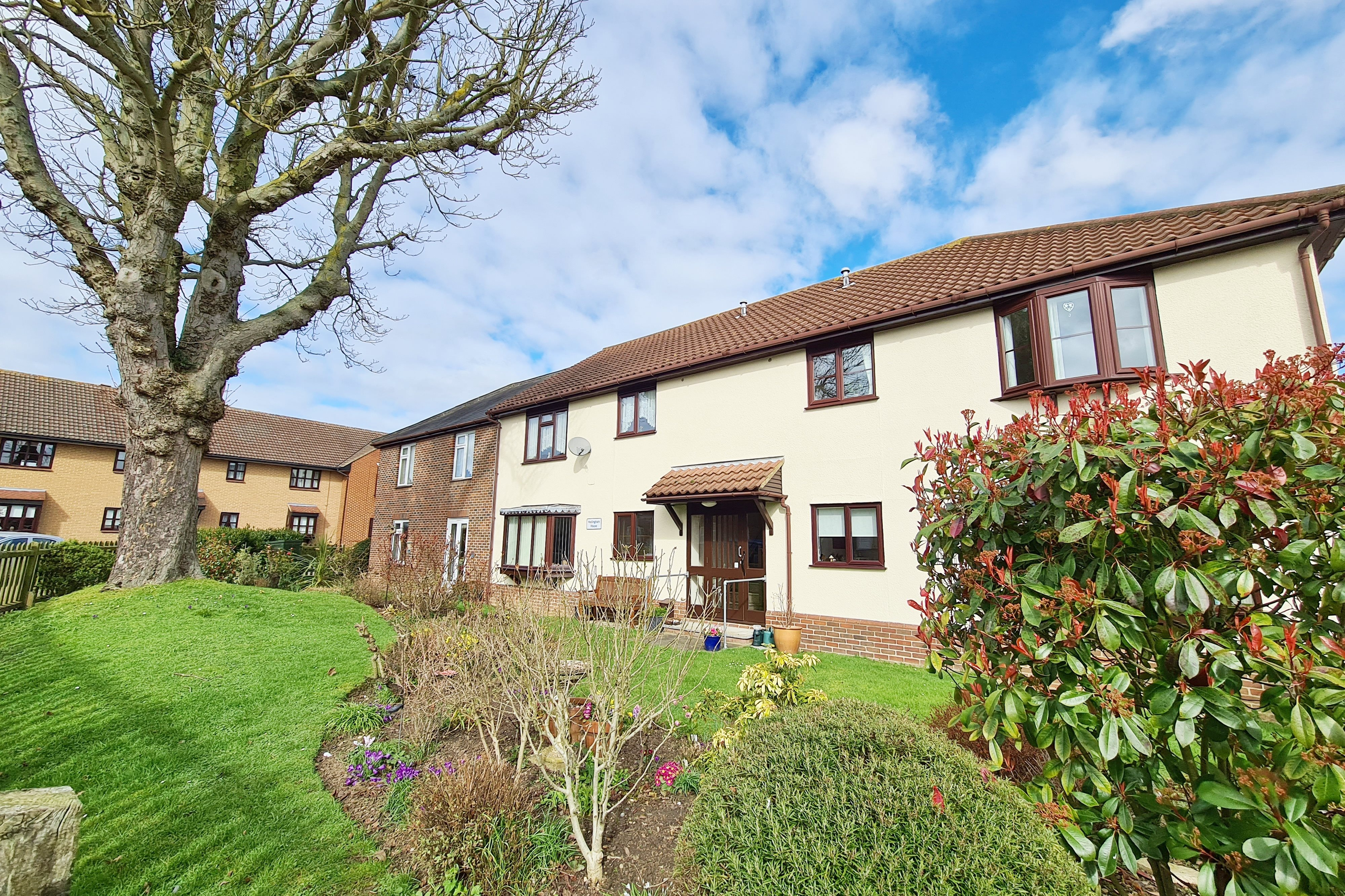 2 bed for sale in Hedingham House, Hilltop Close  - Property Image 1