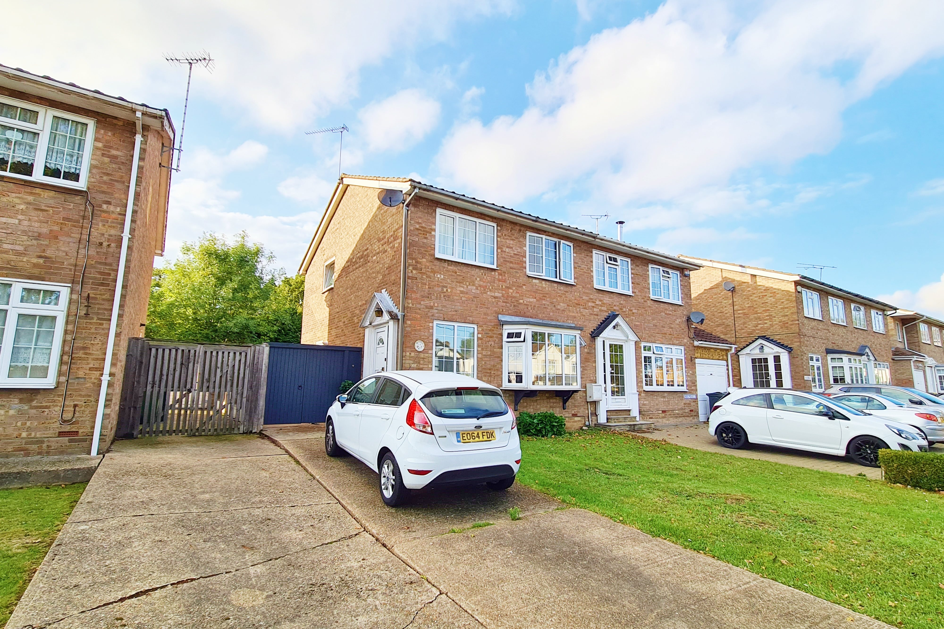 3 bed semi-detached house for sale in Helena Road, Rayleigh  - Property Image 1