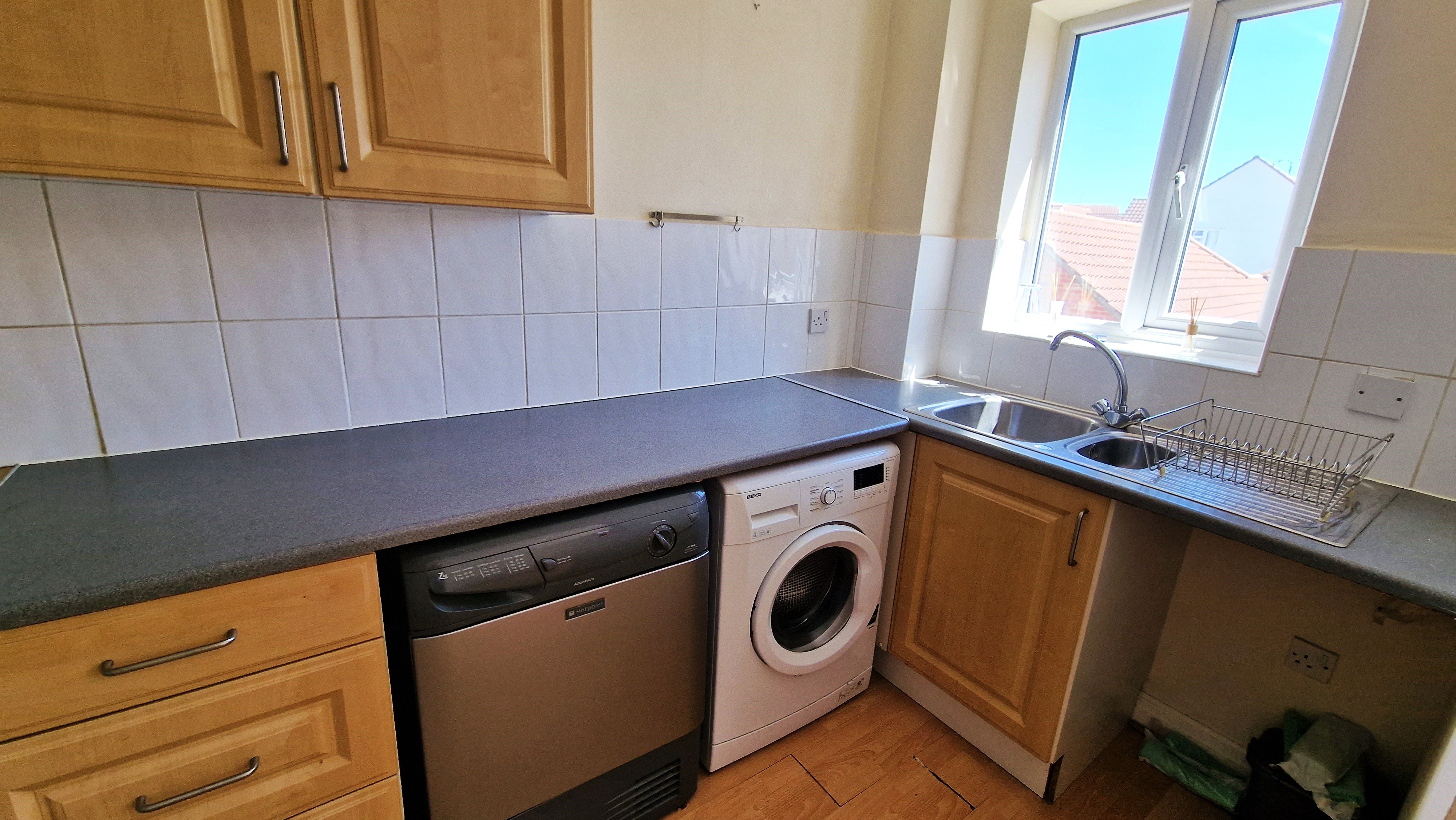 2 bed flat for sale in Vincent Lodge, Benbow Drive  - Property Image 4