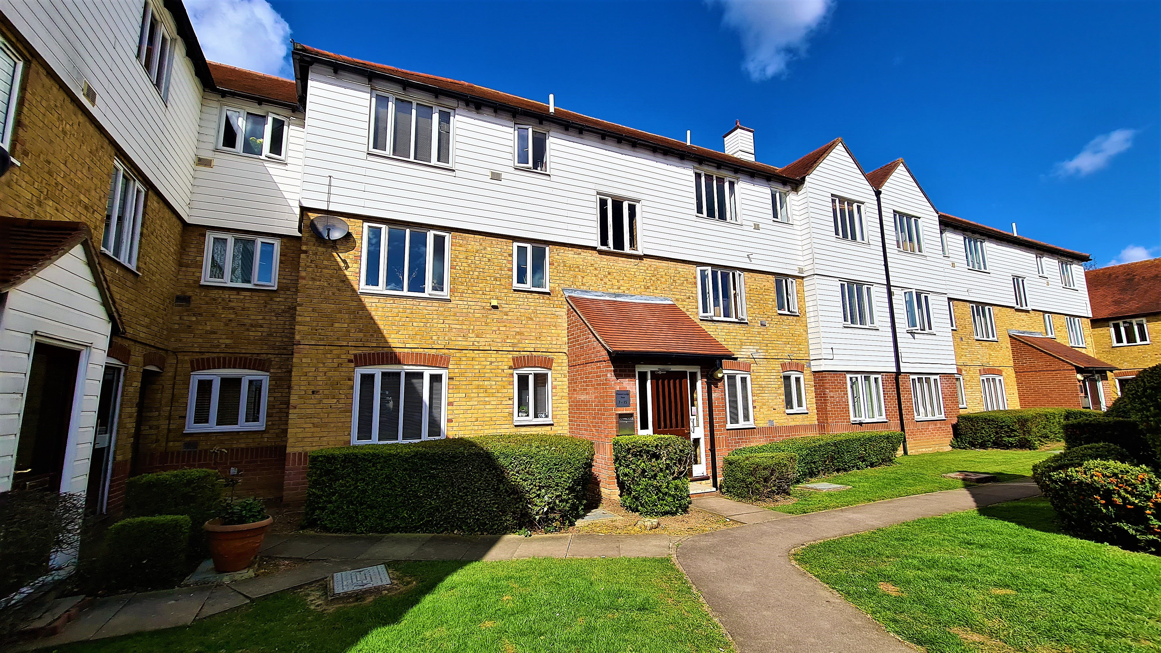2 bed flat for sale in Vincent Lodge, Benbow Drive, CM3