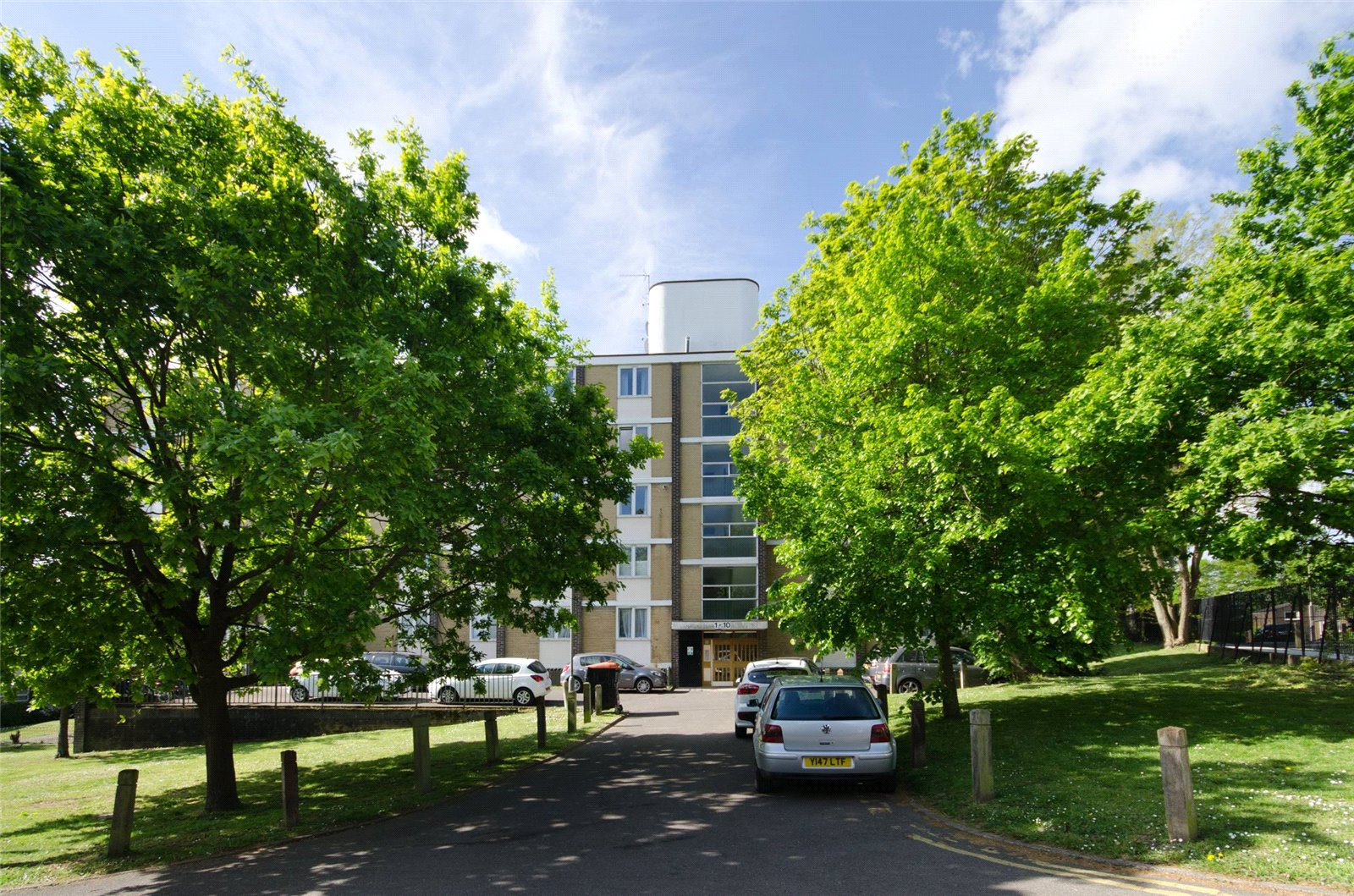 2 bed flat for sale in Wimbledon  - Property Image 5