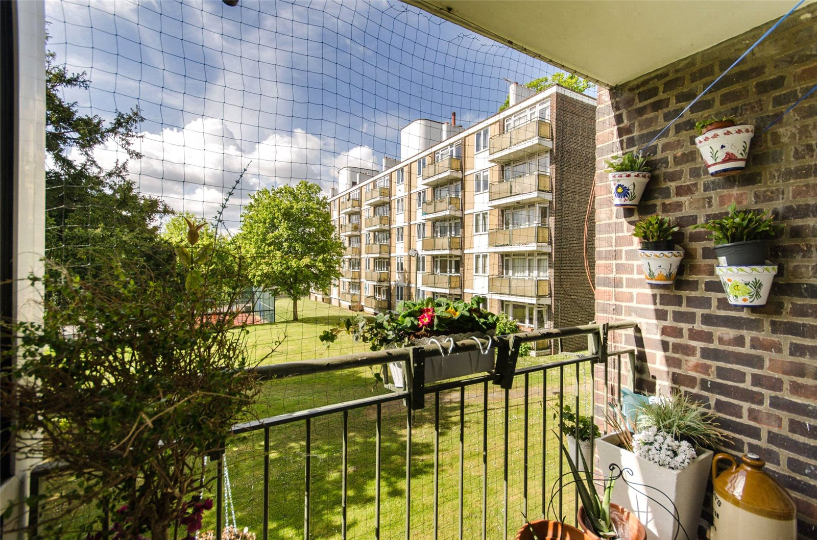 2 bed flat for sale in Wimbledon 4