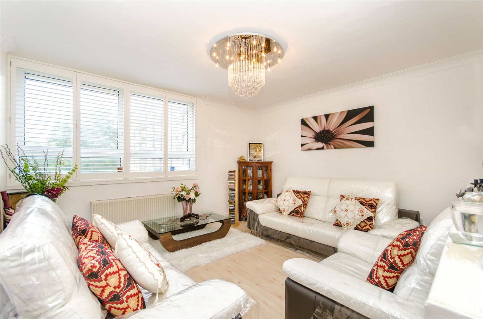 2 bed flat for sale in Wimbledon  - Property Image 1