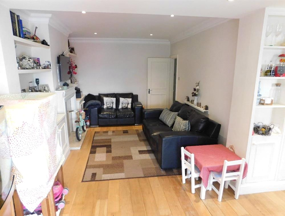 1 bed flat for sale in Streatham 1
