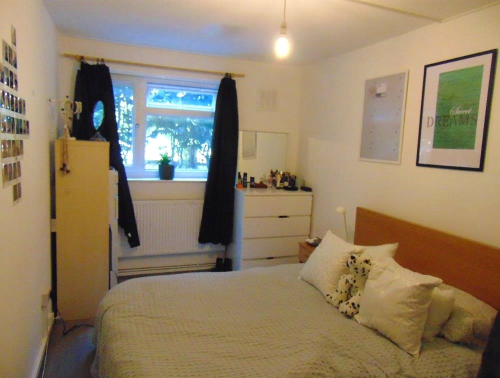 1 bed flat for sale in Endymion Road 1
