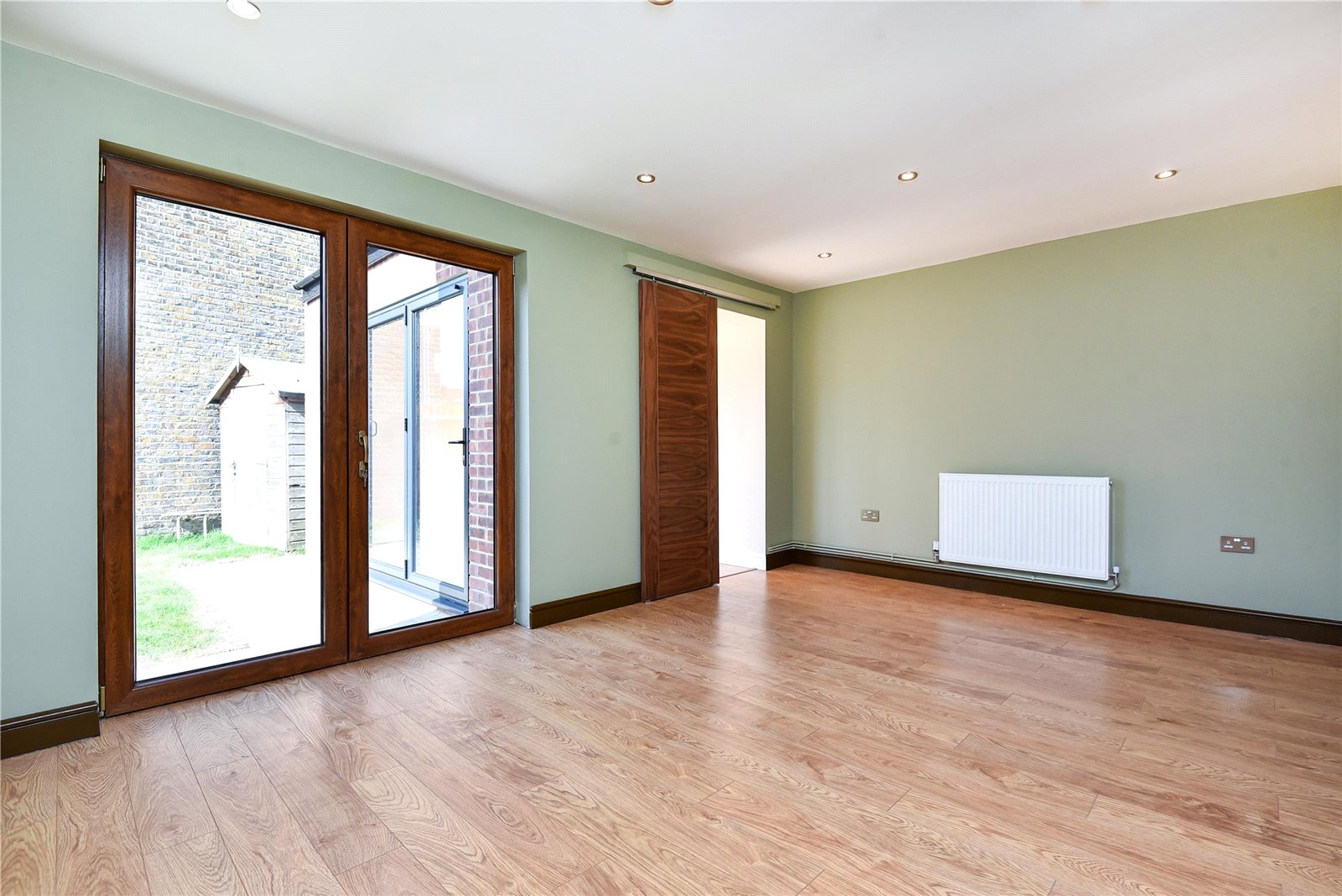 3 bed house for sale in Streatham 5