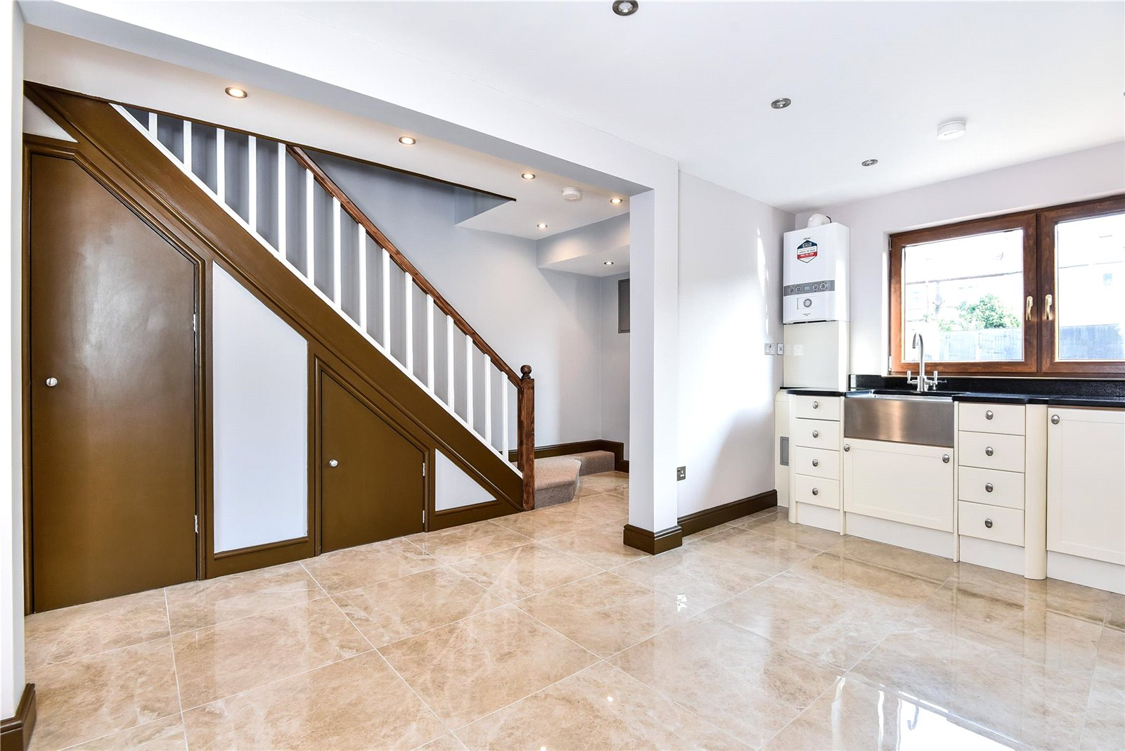 3 bed house for sale in Streatham 4