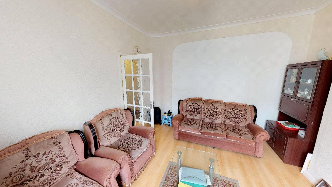 3 bed house for sale in Mitcham 2