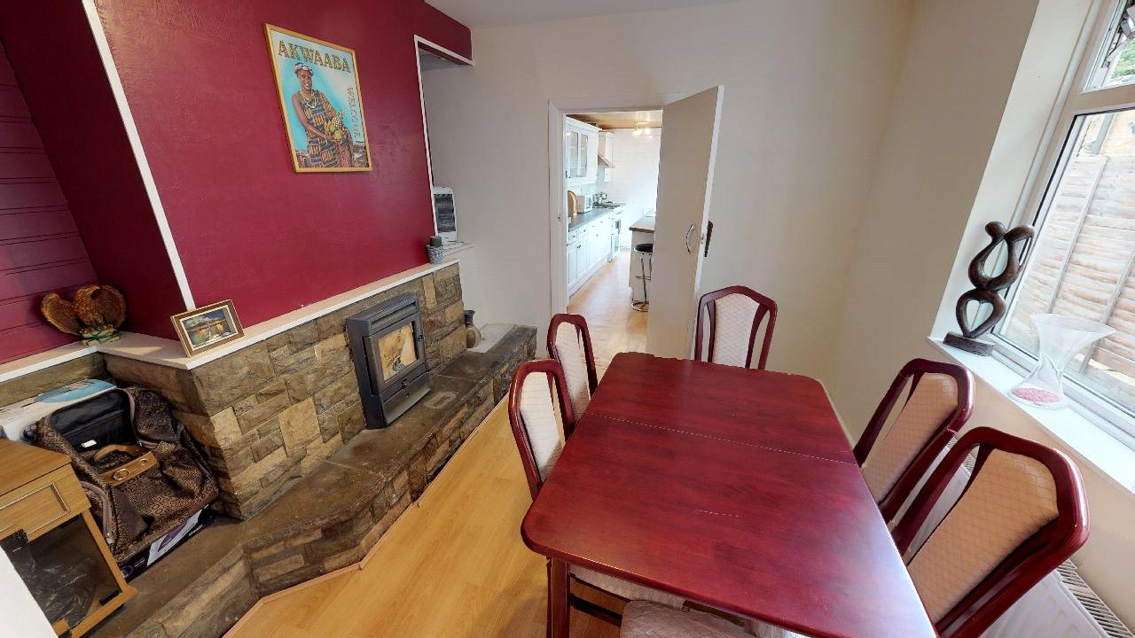 3 bed house for sale in Mitcham 5