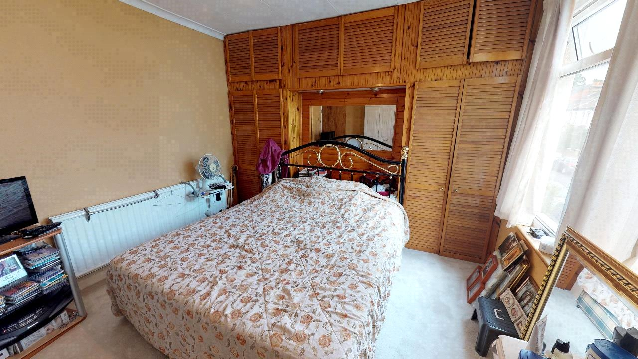 3 bed house for sale in Mitcham 7