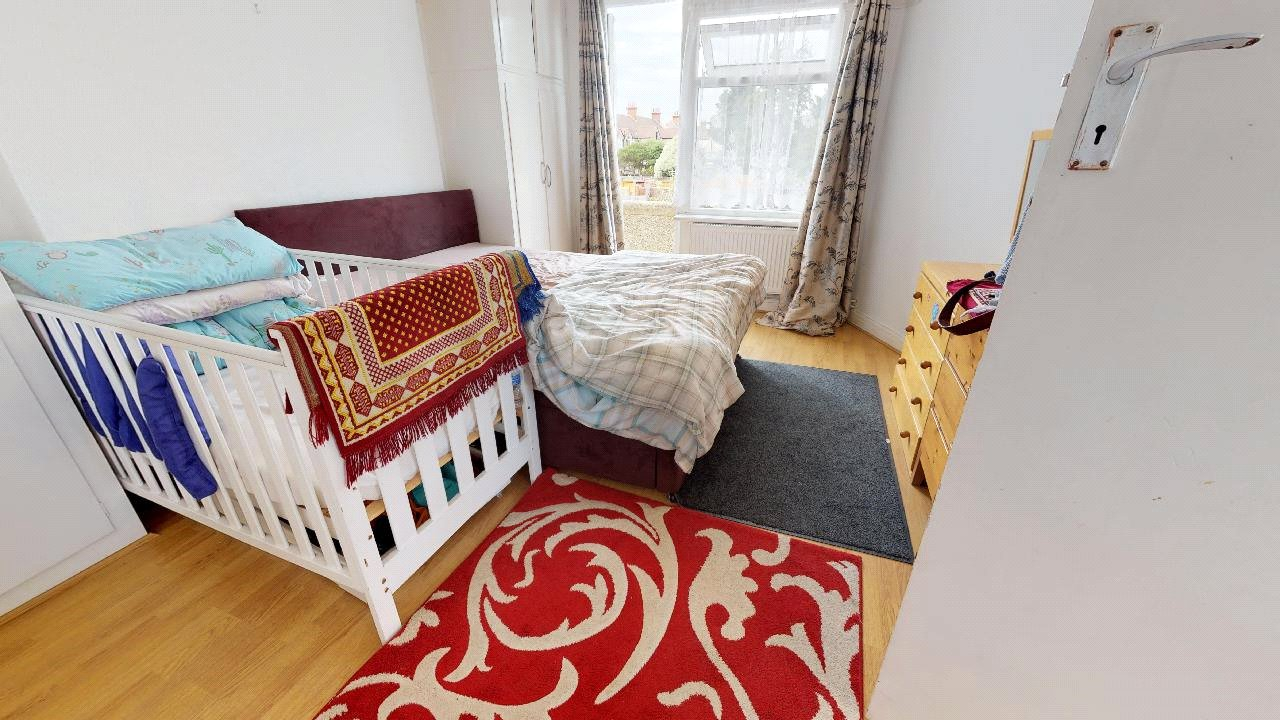 2 bed maisonette for sale in Pollards Hill 5