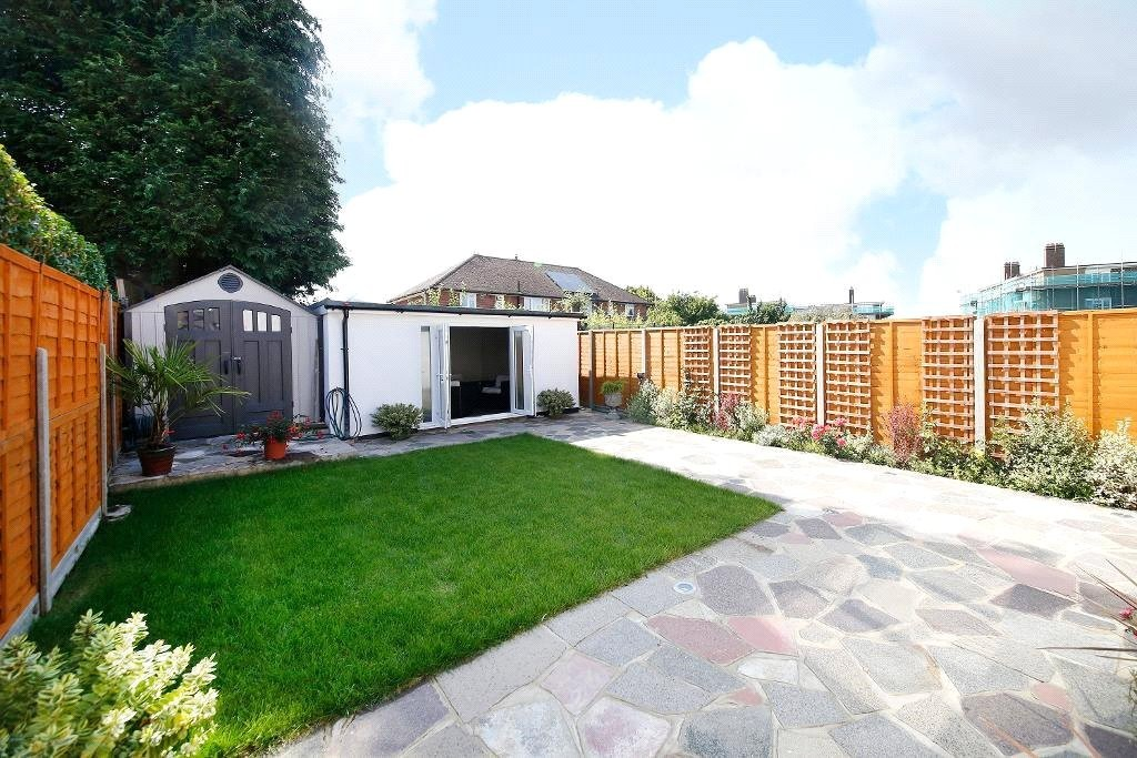 3 bed for sale in Croydon 4