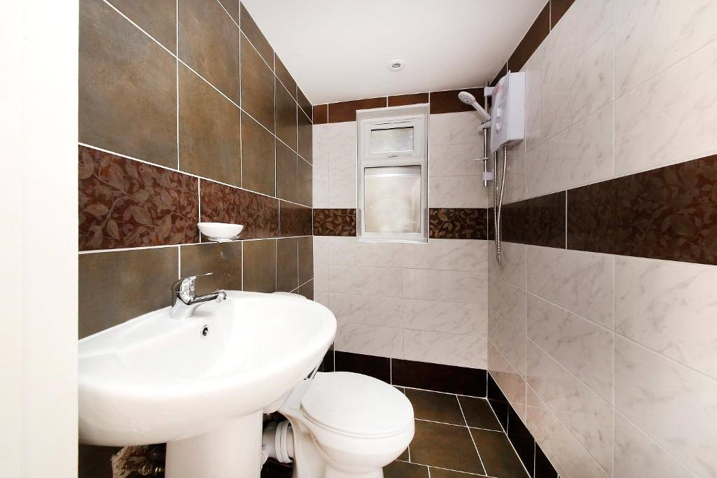 3 bed for sale in Croydon 5