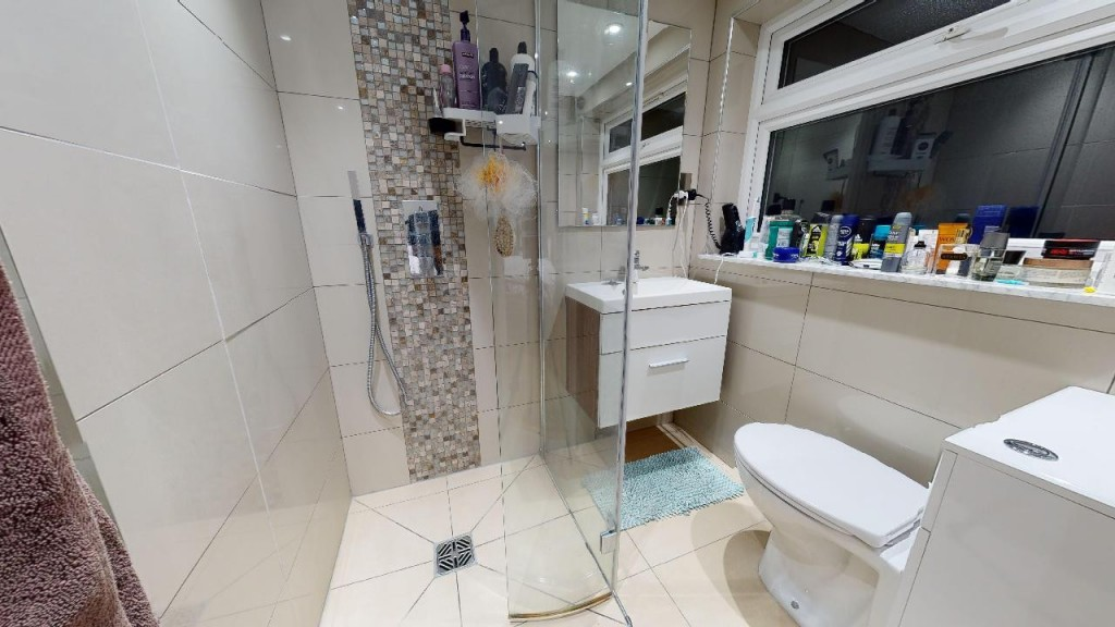 3 bed for sale in Croydon 12