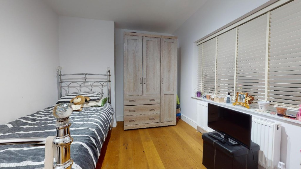 3 bed for sale in Croydon 15