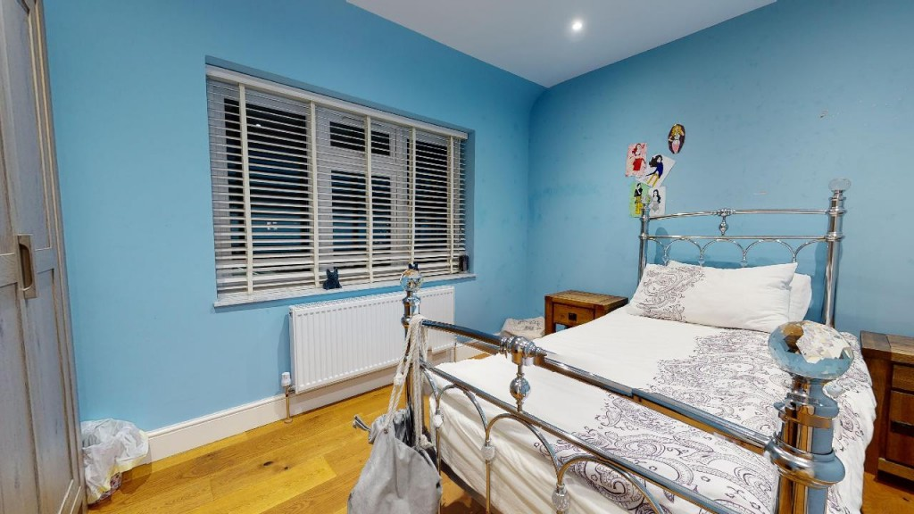 3 bed for sale in Croydon 16