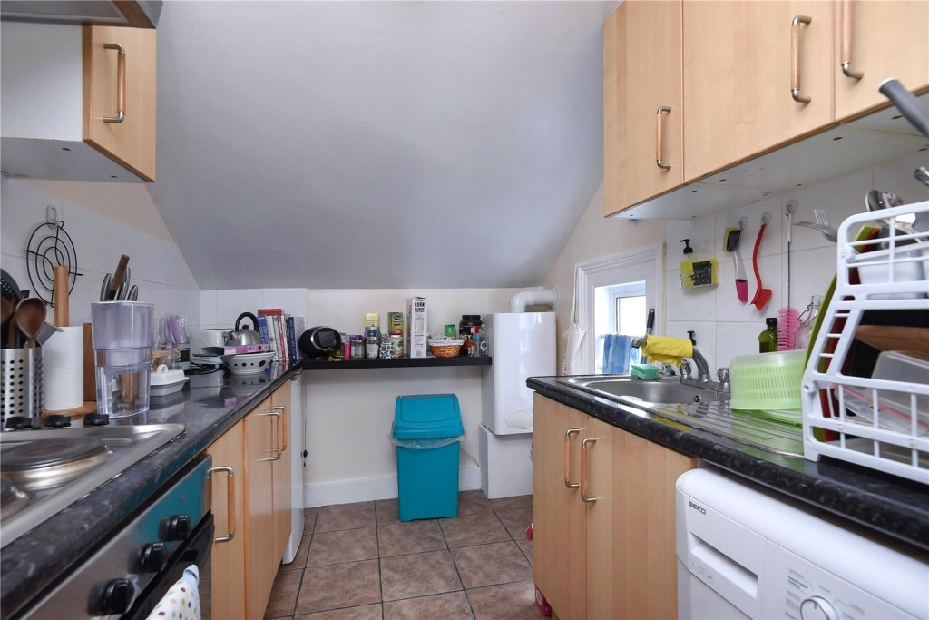 5 bed for sale in London 5