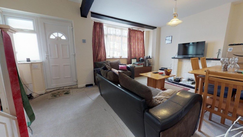 3 bed for sale in London 7