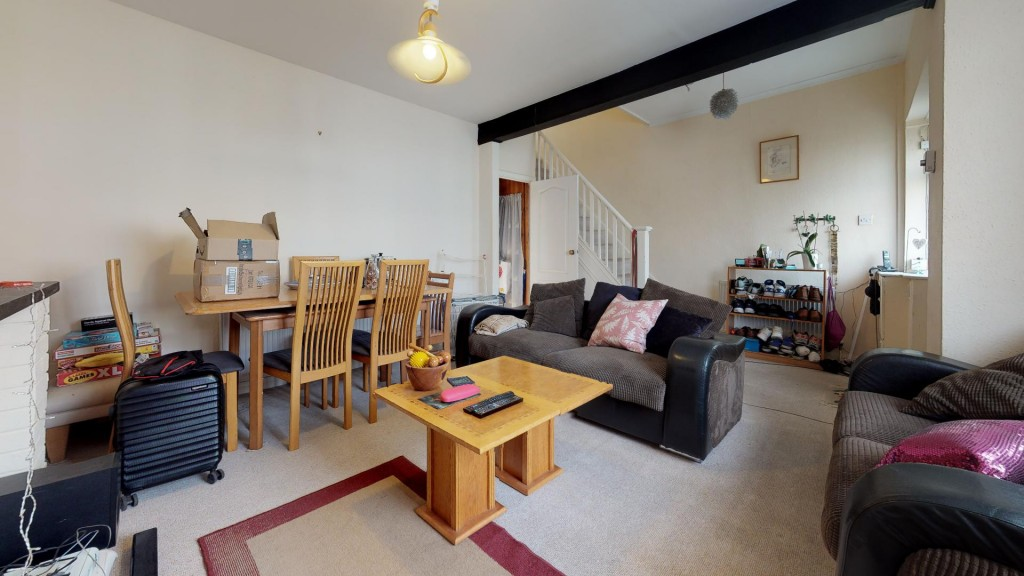 3 bed for sale in London  - Property Image 8