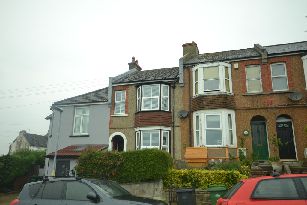 2 bed house to rent in Clifton Road, Hastings - Property Image 1