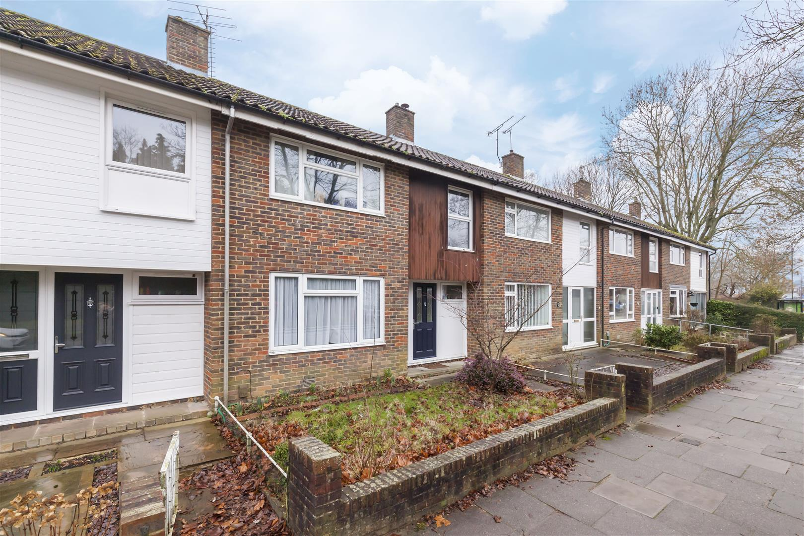 3 bed terraced house for sale in Furnace Drive, Crawley  - Property Image 1