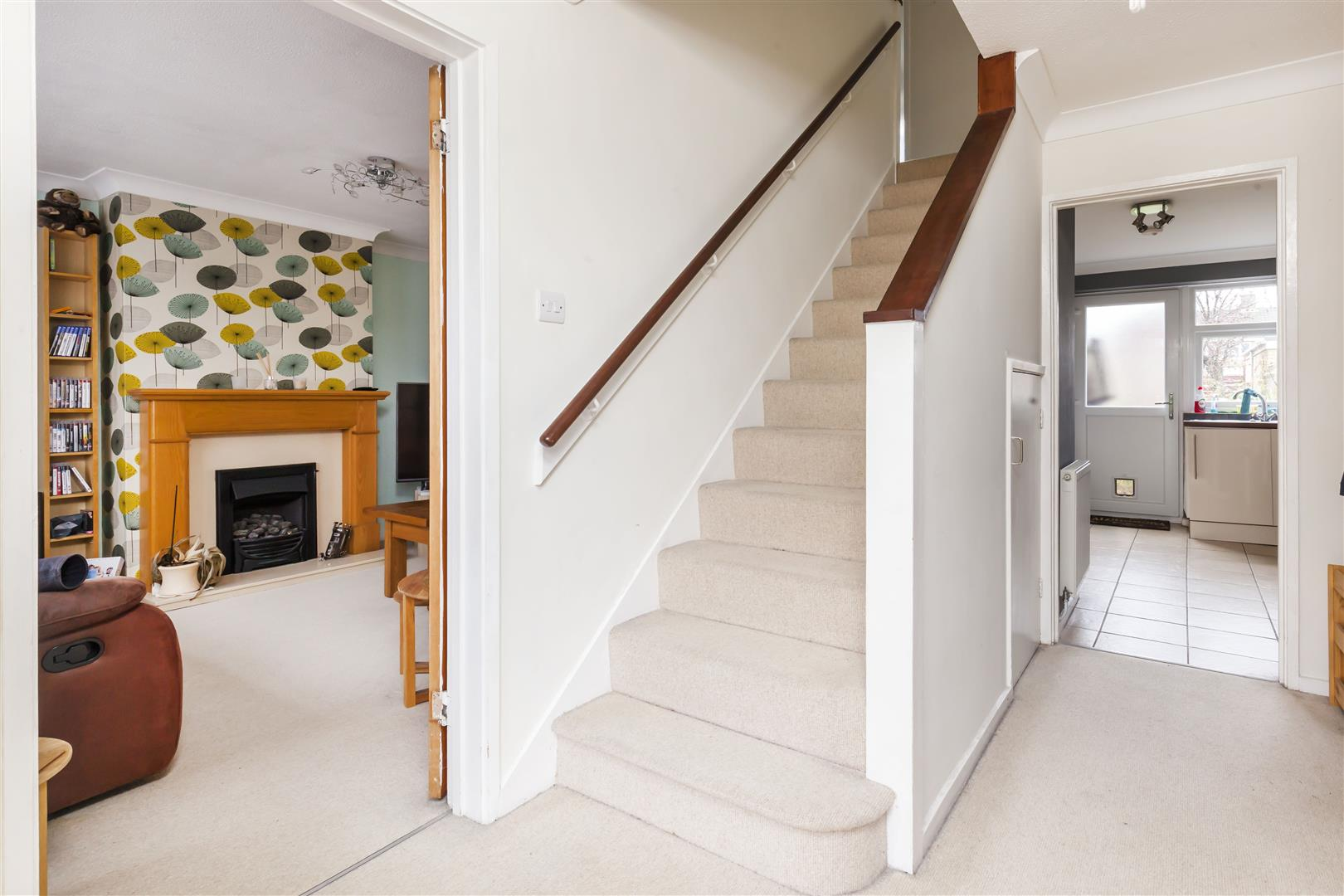 3 bed terraced house for sale in Furnace Drive, Crawley  - Property Image 3