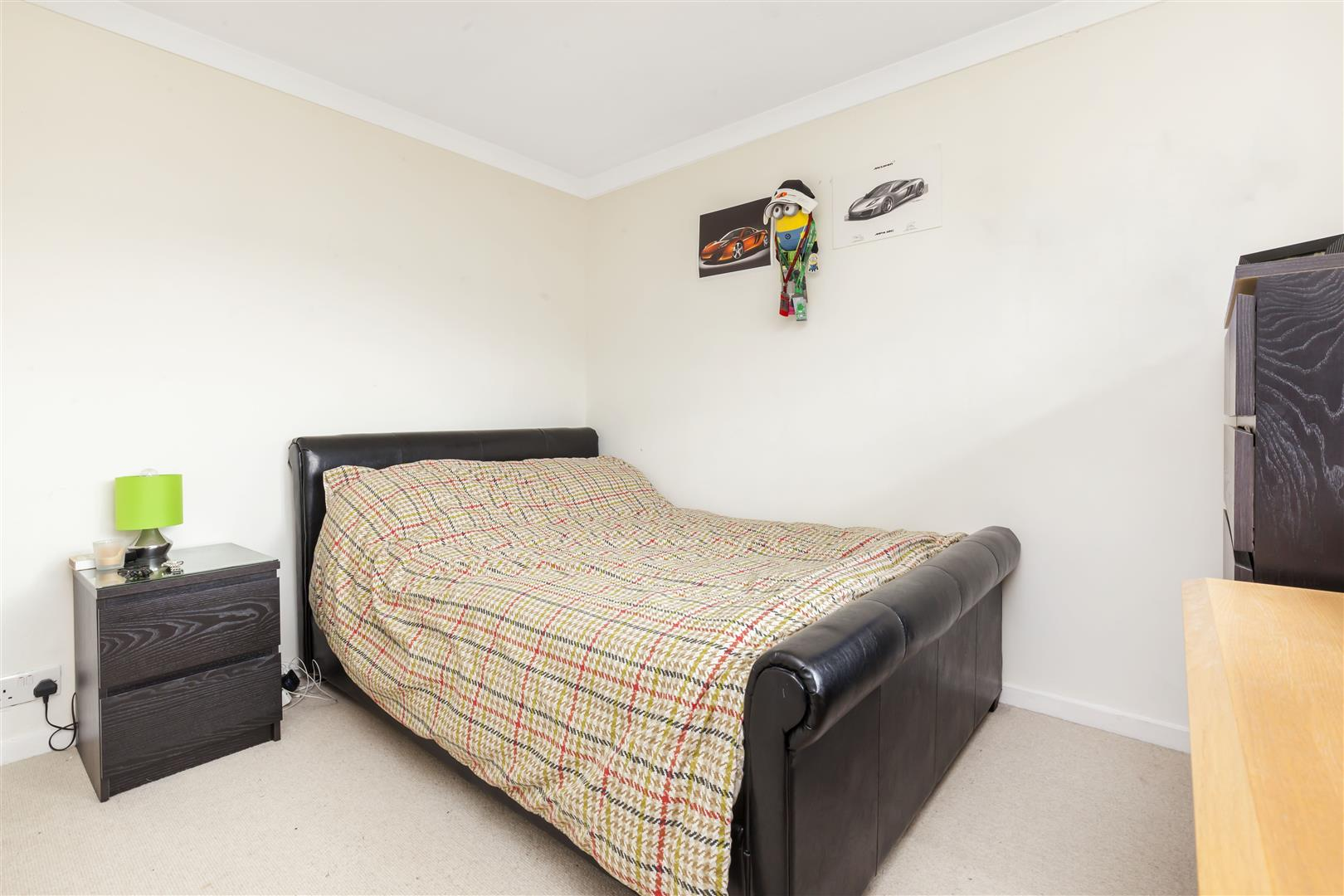 3 bed terraced house for sale in Furnace Drive, Crawley  - Property Image 9