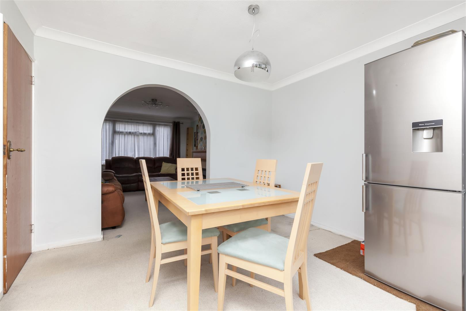 3 bed terraced house for sale in Furnace Drive, Crawley  - Property Image 8