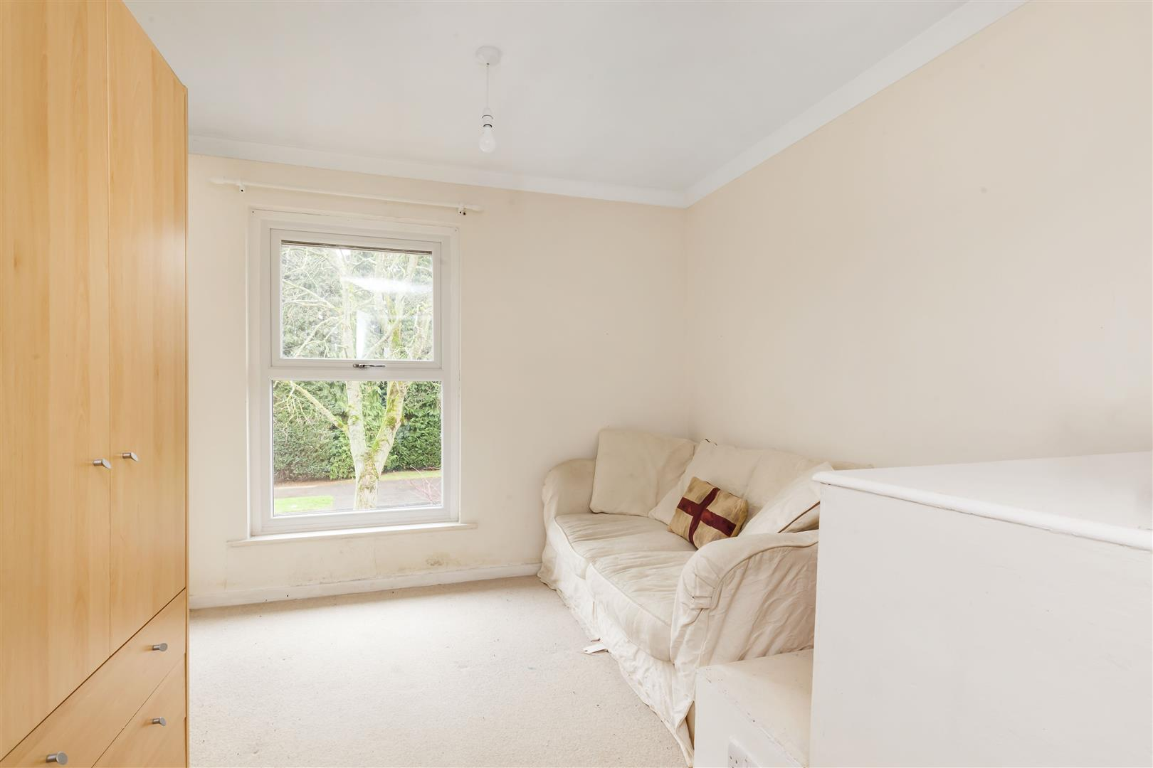 3 bed terraced house for sale in Furnace Drive, Crawley  - Property Image 11