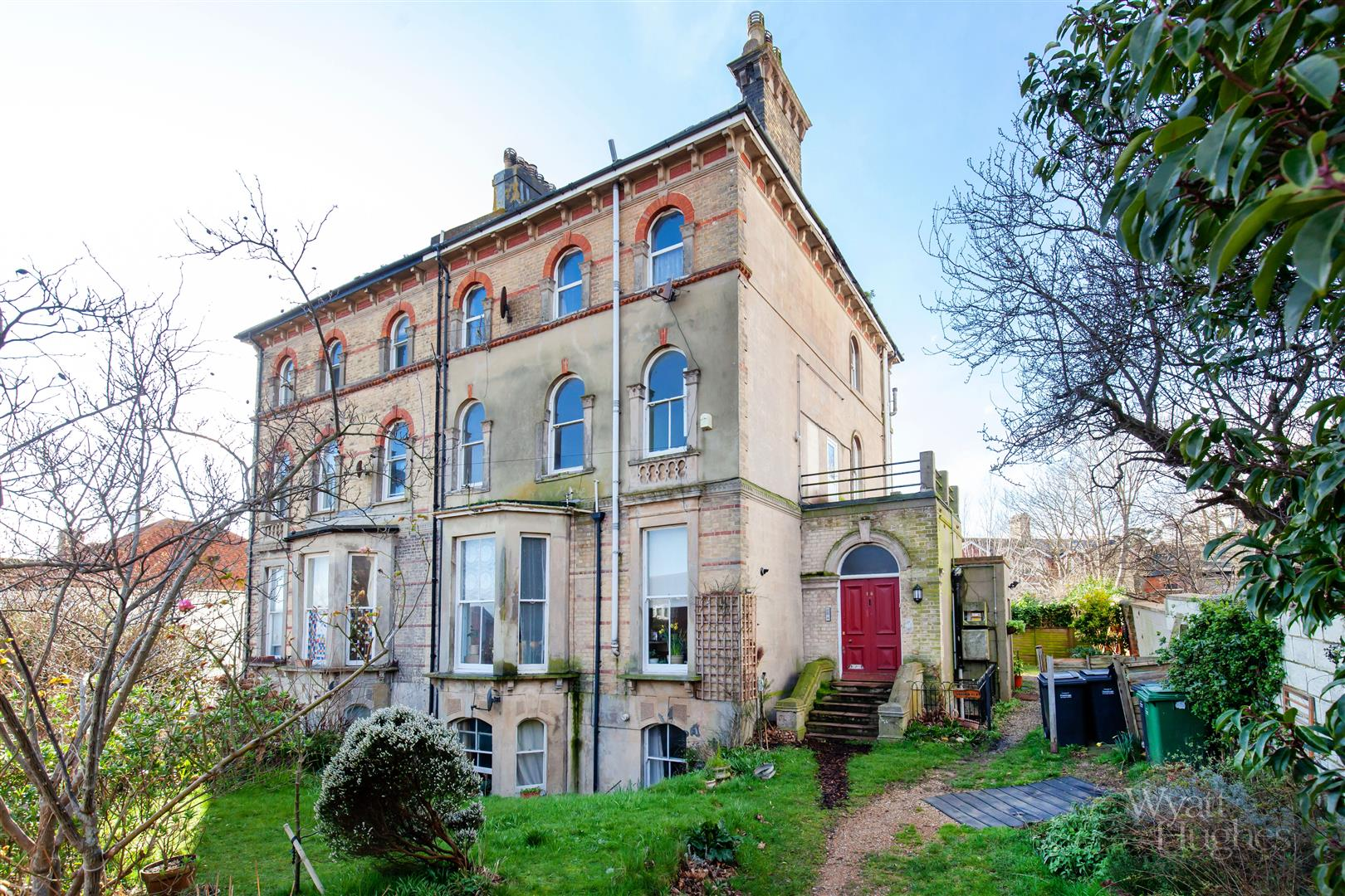 1 bed flat for sale in Brittany Road, St. Leonards-On-Sea - Property Image 1