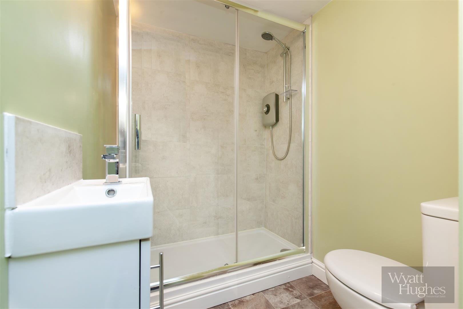 2 bed maisonette for sale in Western Road, St. Leonards-On-Sea  - Property Image 5