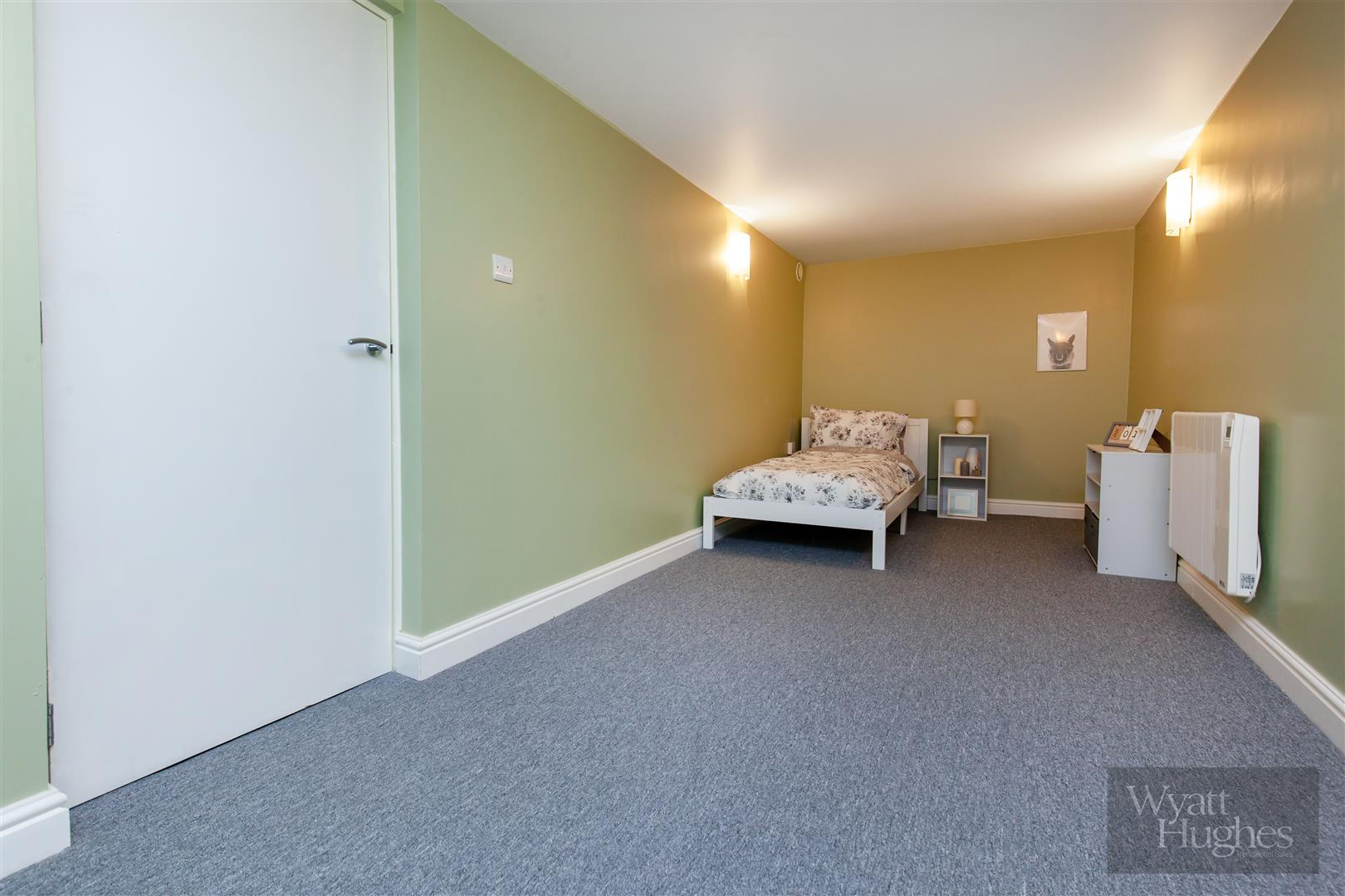 2 bed maisonette for sale in Western Road, St. Leonards-On-Sea  - Property Image 14