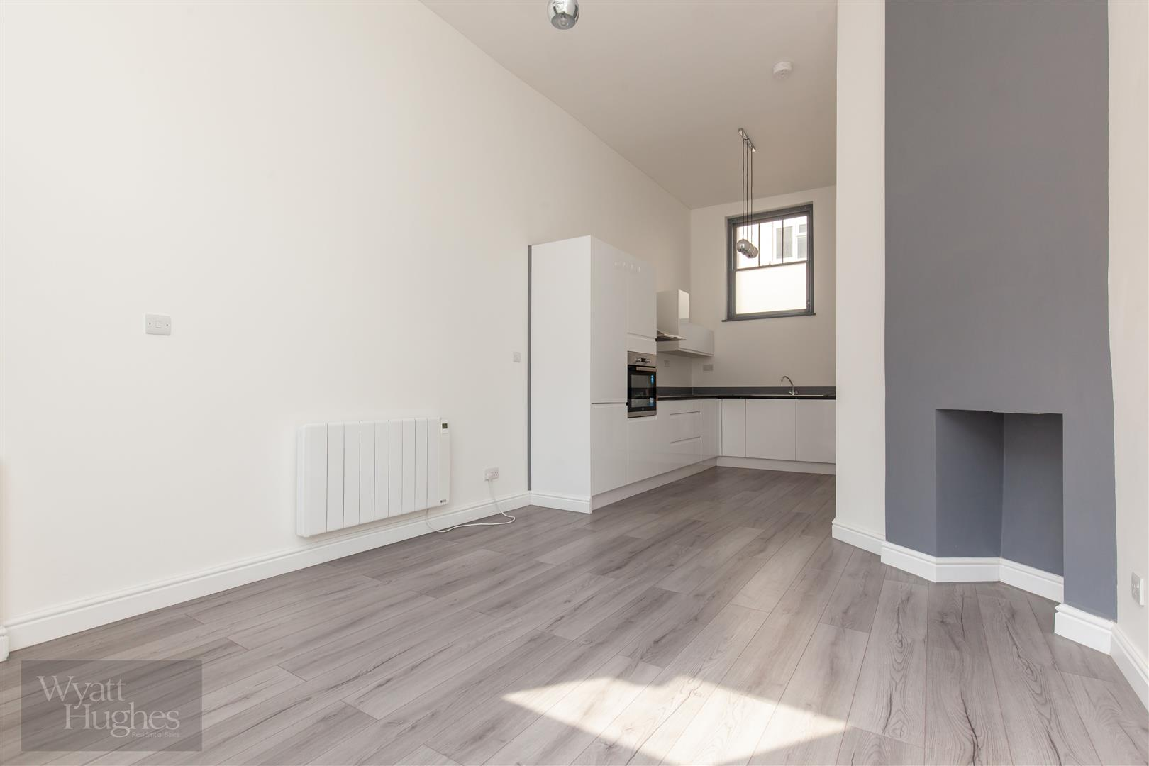 2 bed maisonette for sale in Western Road, St. Leonards-On-Sea  - Property Image 7