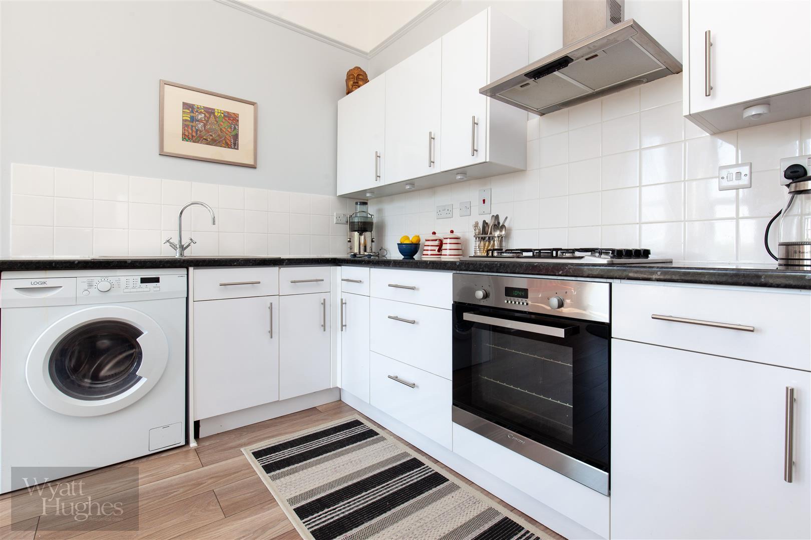 2 bed flat for sale in Ellenslea Road, St. Leonards-On-Sea, TN37