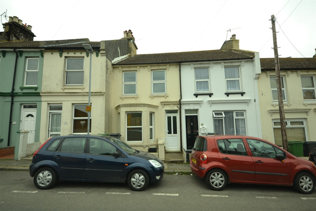 2 bed house to rent in Winchelsea Road, Hastings 0