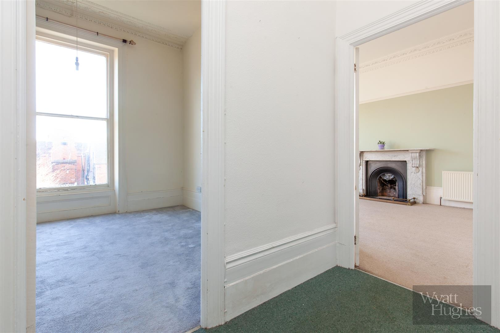 2 bed flat for sale in The Mount, St. Leonards-On-Sea  - Property Image 16