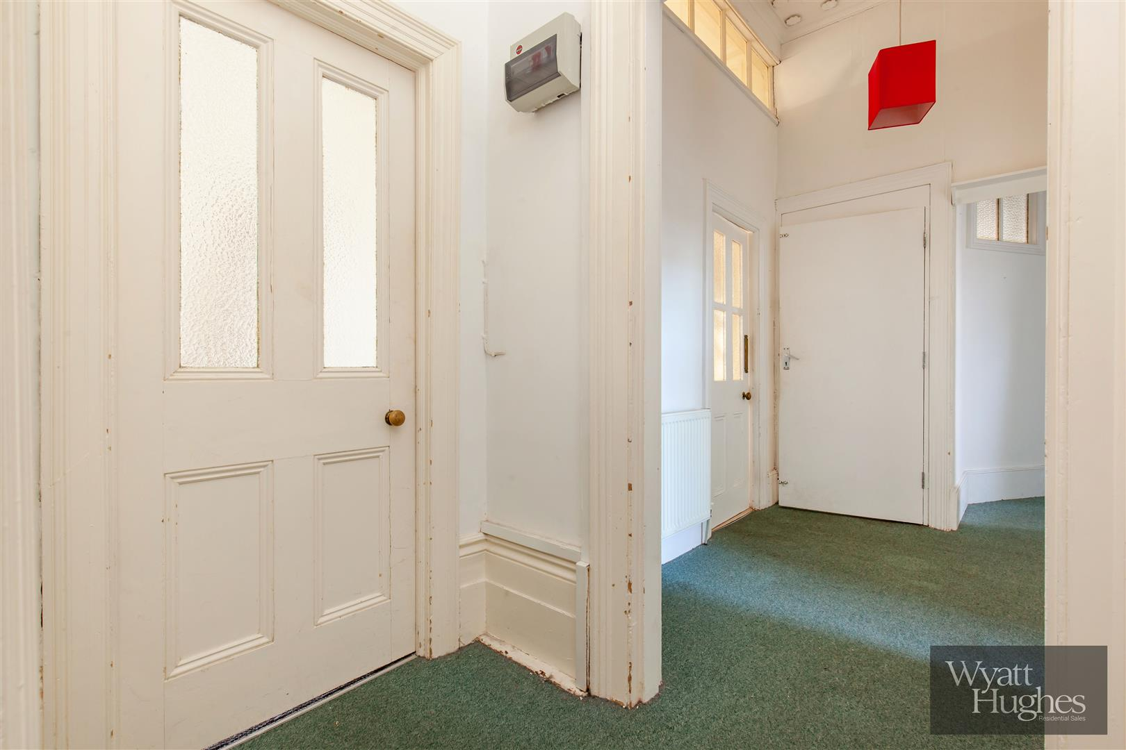 2 bed flat for sale in The Mount, St. Leonards-On-Sea  - Property Image 14