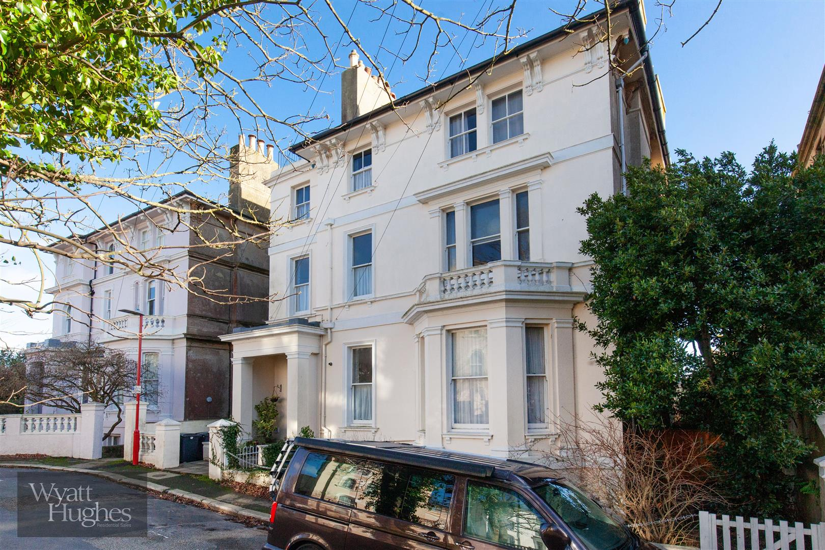 2 bed flat for sale in The Mount, St. Leonards-On-Sea, TN38