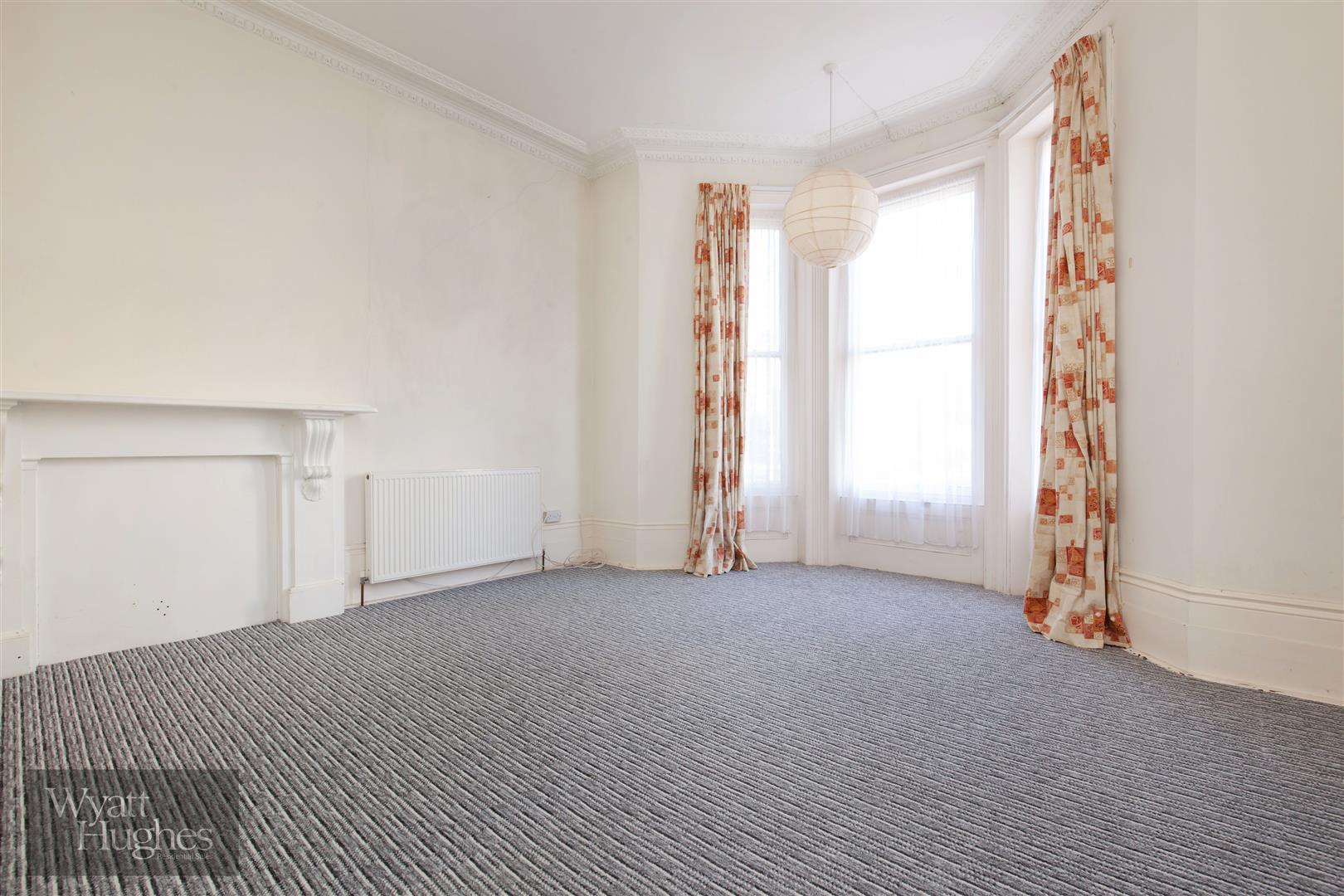 2 bed flat for sale in The Mount, St. Leonards-On-Sea  - Property Image 8
