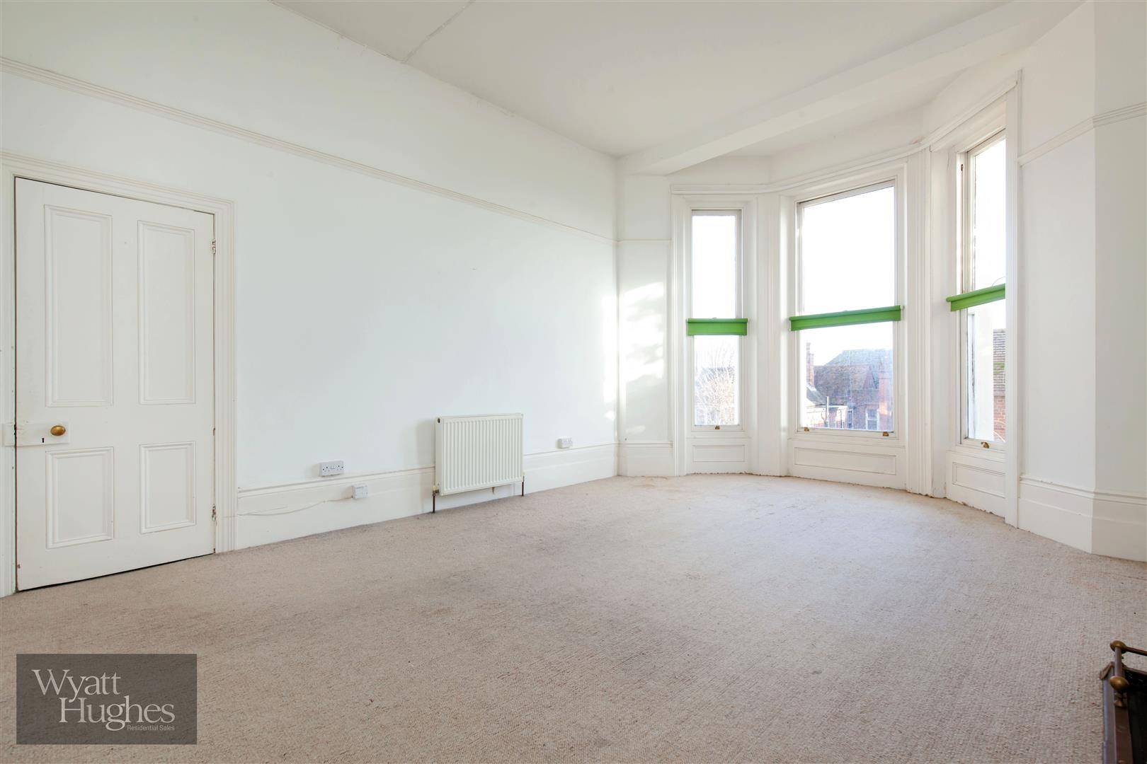 2 bed flat for sale in The Mount, St. Leonards-On-Sea  - Property Image 3