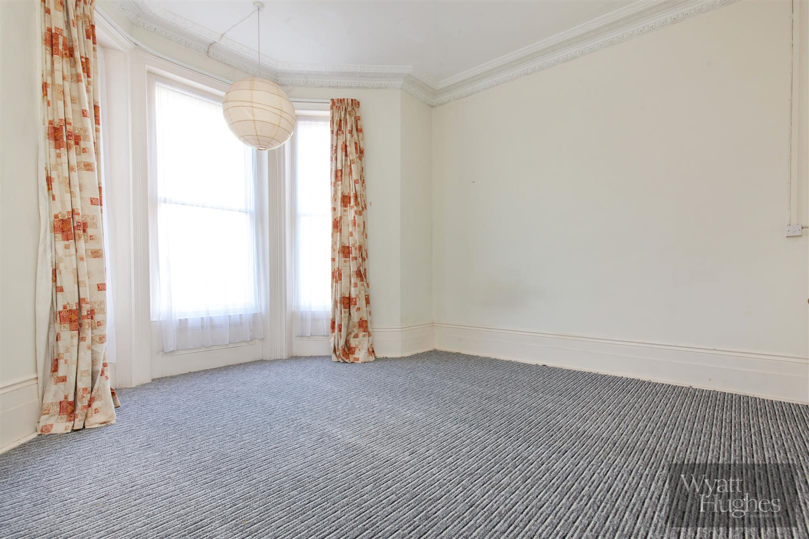 2 bed flat for sale in The Mount, St. Leonards-On-Sea  - Property Image 20