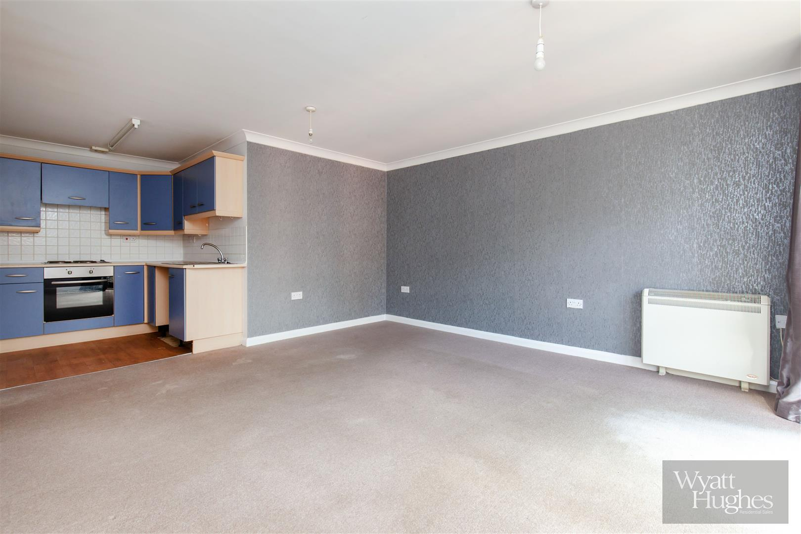 2 bed flat for sale in Woodland Vale Road, St. Leonards-On-Sea, TN37