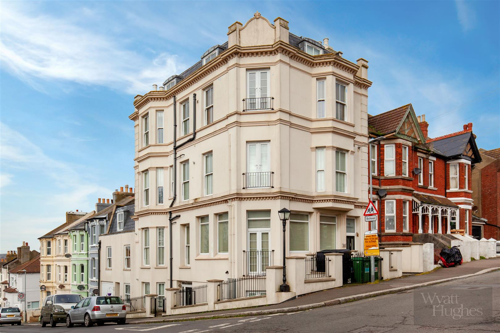 2 bed apartment for sale in Priory Road, Hastings  - Property Image 1